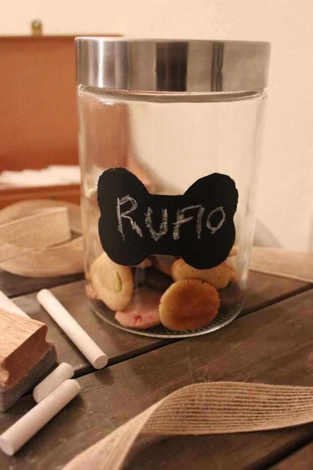DIY chalkboard dog treat jar Treats a la Bark